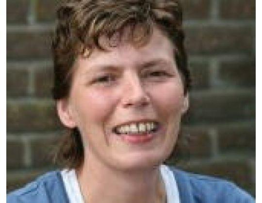 NEDERLANDSE TOPREFEREE ILSE ROBBEN (39) OVERLEDEN